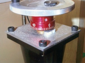 Stan's solution to a way to operate a Sherline CNC axis manually when a stepper motor is not  available or needed.